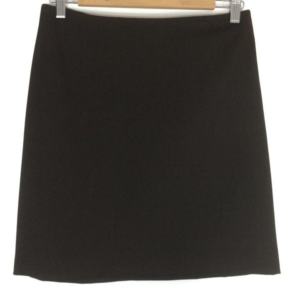 Brown straight skirt